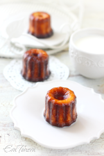 Cannelés Bordelais small