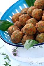 Fried zucchini balls small