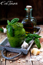 Pesto_genovese1_small
