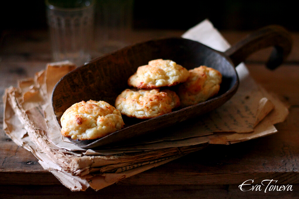 Salted biscuits with cottage cheese1