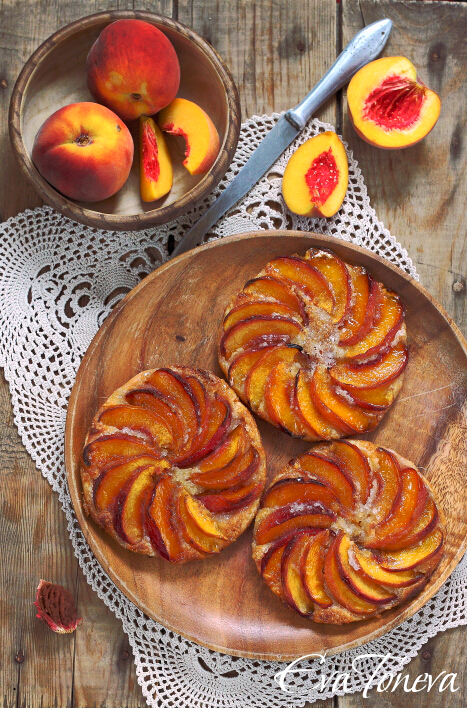 peach_and_almond_tarts