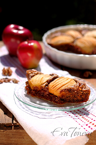 walnut_cake_with_apple