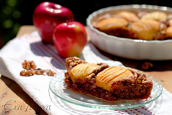 walnut_cake_with_apple2