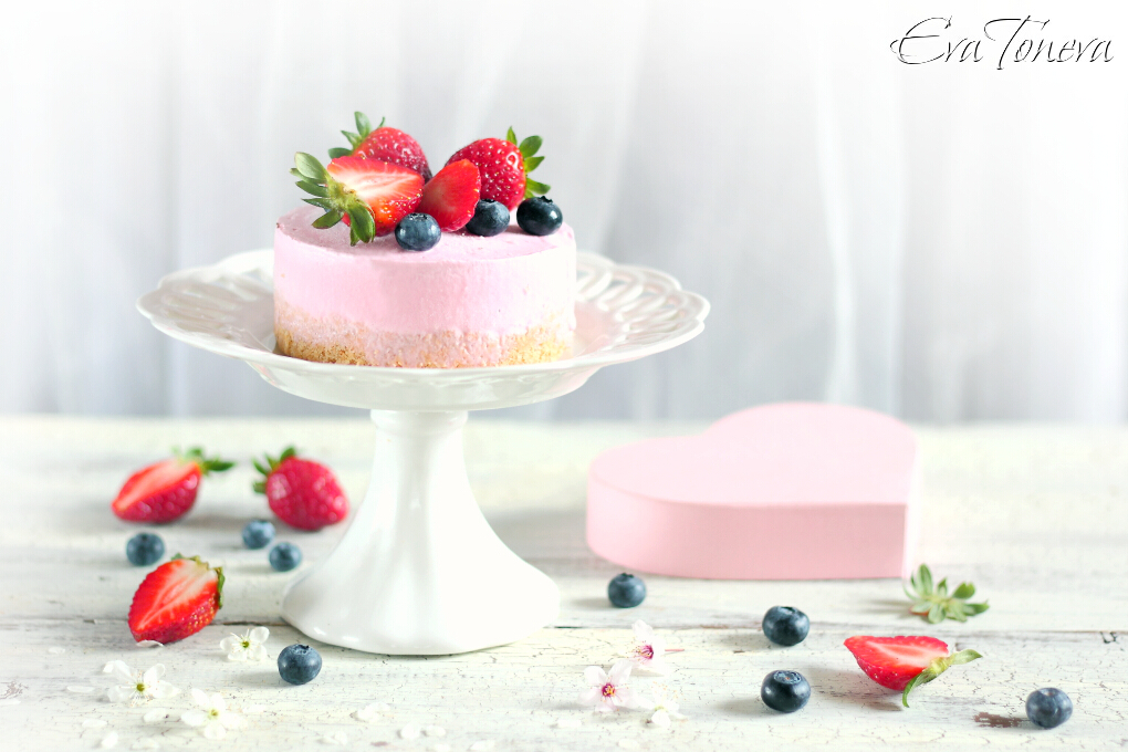 strawberry ice cream cheesecake1